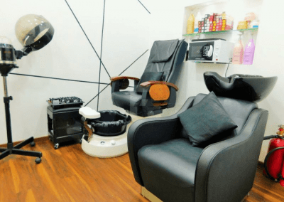Best Hair cut and Hair color Salon in Thane - White N Bright Spa & Salon