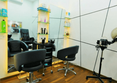 Best Salon for hair cut in Thane- White N Bright Spa & Salon