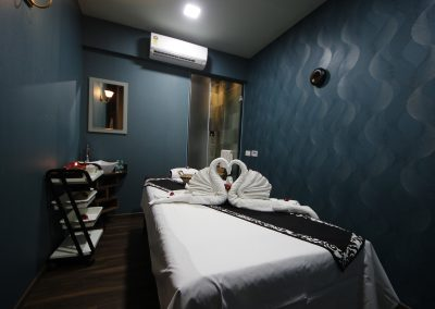 White N Bright Spa & Salon, Massage room4